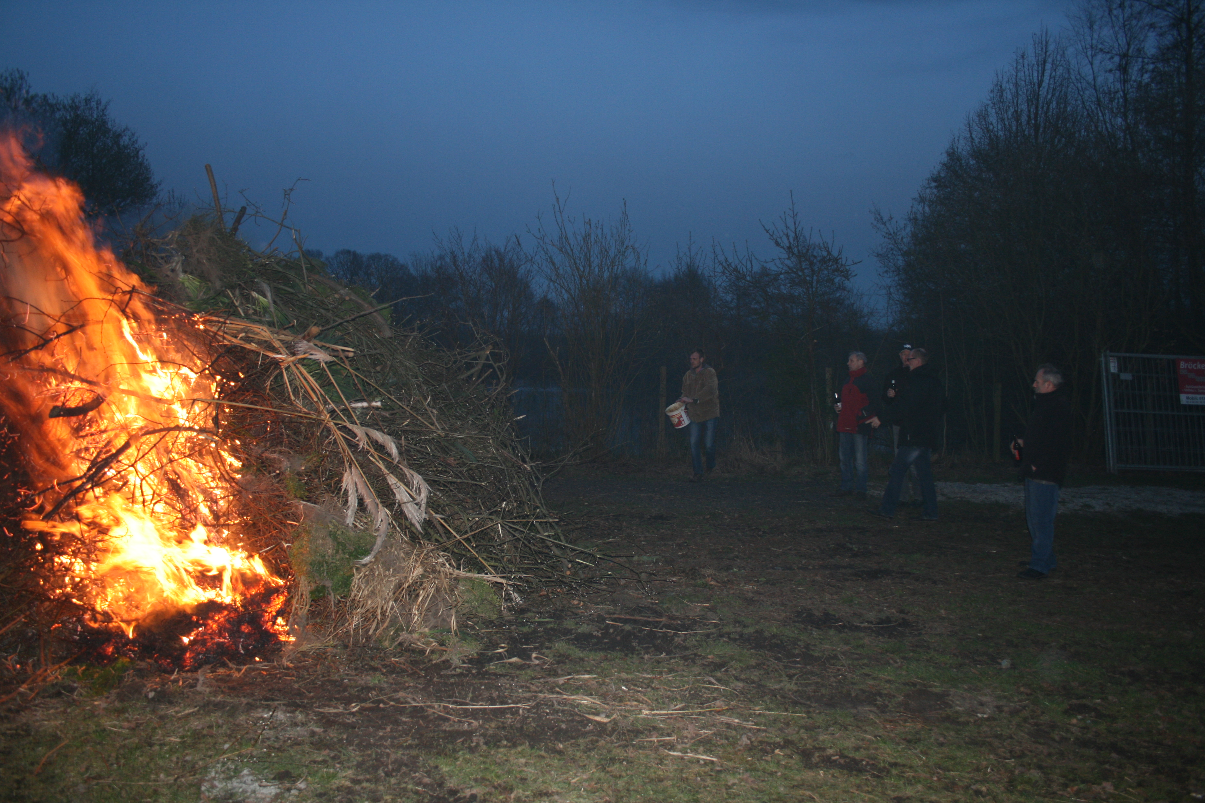 Osterfeuer-2016-019
