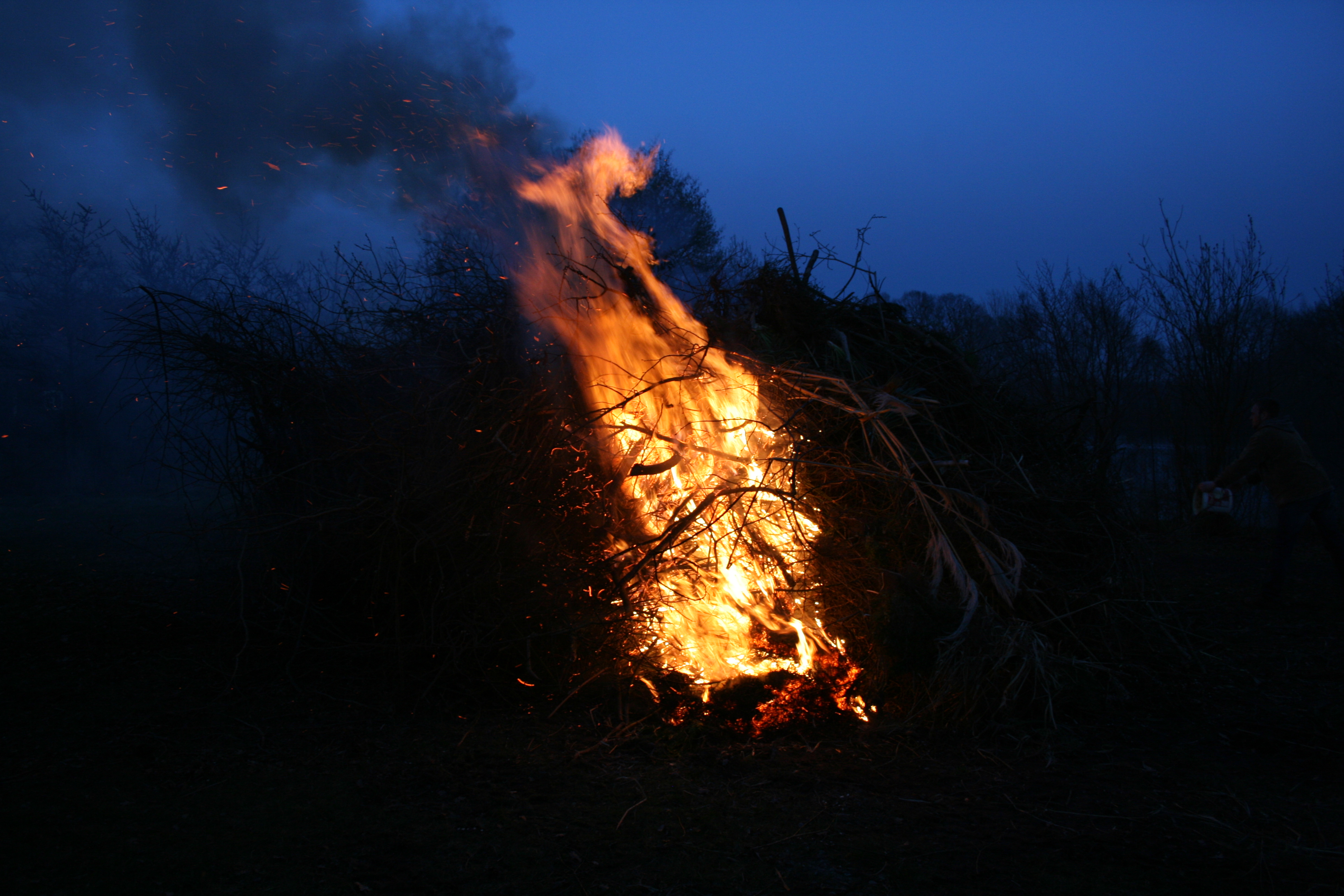 Osterfeuer-2016-020