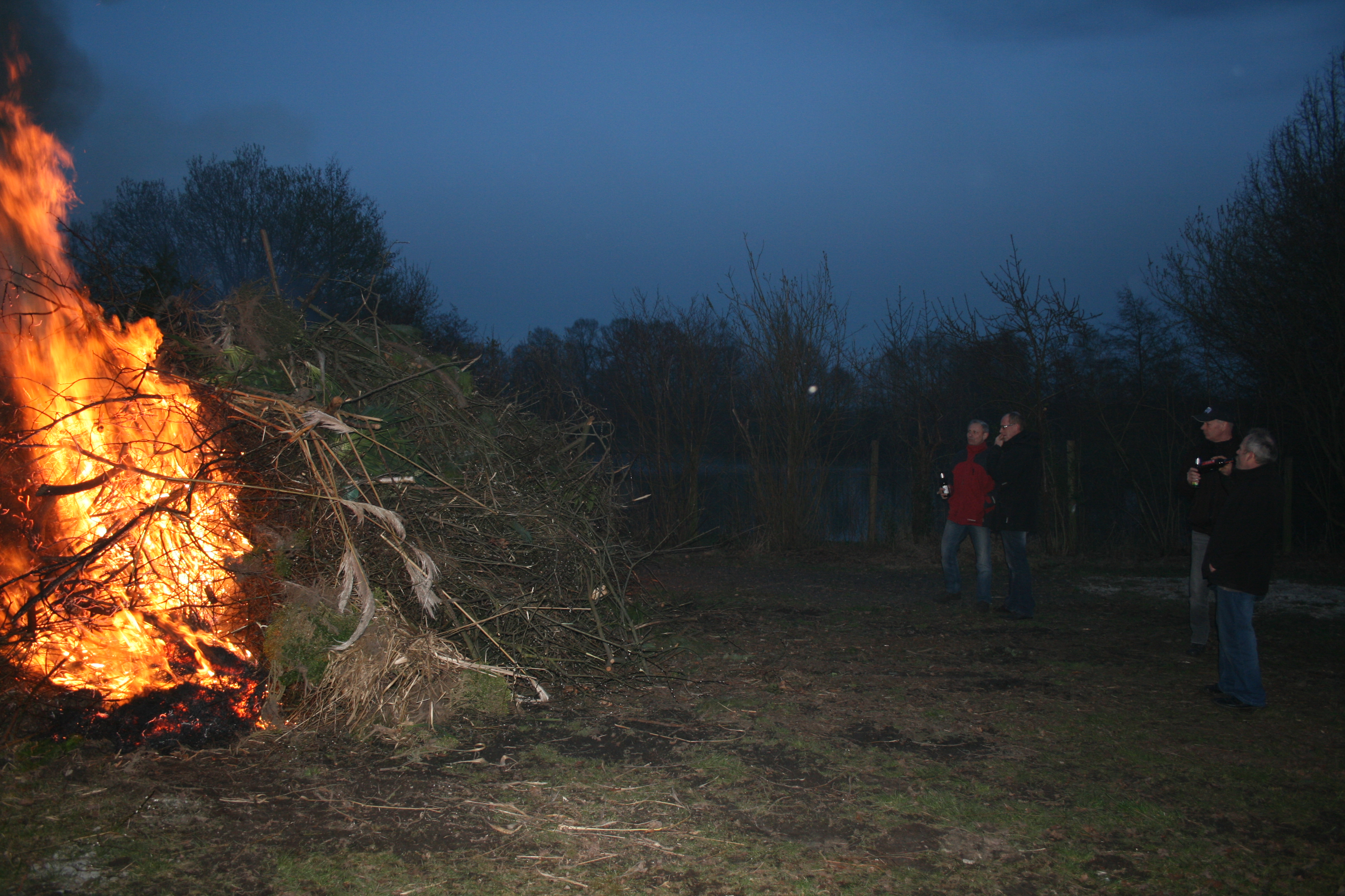 Osterfeuer-2016-021